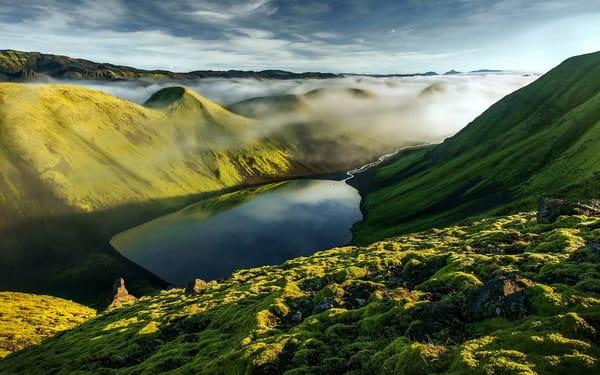 Обои горы, холмы, облака, туман