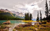 Обои: Maligne Lake, Альберта, Канада горы, небо, пейзаж, Национальный парк Джаспер, Остров Духа, Jasper National Park, Spirit Island, Озеро Малинье