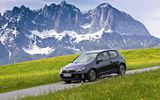 Обои: volkswagen, трава, mountains, гольф, фольксваген, auto, new golf gtd, горы, машины, дорога