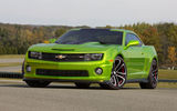 Обои: Chevrolet, green, Hot Wheels, front, car, Camaro