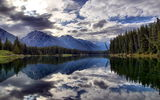 Обои: Johnson Lake, Banff National Park, Canada
