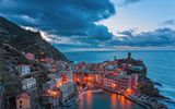 Обои: vernazza, italy at night, cinque terra