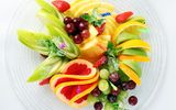 Обои для рабочего стола: fruit, strawberry, salad, kiwi, grapefruit, dish, pineapple, banana