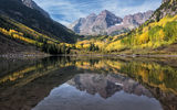 Обои: горы, maroon bells, colorado, maroon lake, отражение, озеро, камны, колорадо, лес, марун-беллс