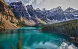Обои для рабочего стола: Morraine Lake, Valley, Alberta, Ten Peaks, Canada