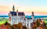 Обои для рабочего стола: Germany, mountain, Neuschwanstein Castle, Bavaria, autumn, castle, Alps, Нойшванштайн, splendor, замок