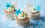 Обои: торт, крем, cake, dessert, sweet, winter, muffins, десерт, cupcake, snowflakes, кексы, food, сладкое, cream, зима, еда, снежинки