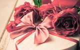 Обои: подарок, romantic, Valentine's Day, rose, love, романтика, розы, heart