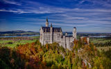 Обои: Neuschwanstein Castle, Bavaria, Замок Нойшванштайн, скала, Бавария, Germany, лес, осень, Германия