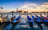 Картинки на телефон: city, sky, water, bell tower, cityscape, boat, architecture, Venezia, street lamp, Italy, pier, sunset, Venice, clouds, Italia, gondolas, sea, canal, buildings, church