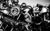 Обои: motorcycle, white and black, metal, lights, chrome, leather handbag