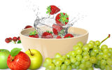Картинки_для_телефона: apples, strawberry, splash, grape, fruits, fresh, water, клубника, брызги, яблоки, фрукты, drops, вода