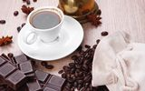 Обои: утро, a Cup of coffee, чашка кофе, coffee beans, кофейные зерна, шоколад, chocolate, morning