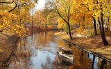 Картинки_для_телефона: природа, лодка, осень, река, nature, fall, autumn, river, trees, листопад, boat, алея, парк, деревья, Park, alley