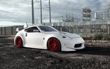 Обои для рабочего стола: Nissan, 370Z, Front, Pure, Stance, White, Bloodlines, Wheels, Red