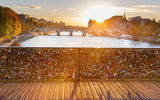 Обои: Paris, seine, river, мост, france, cityscape, cadenas, love, sun, city, leve du soleil, Париж, река, pont des arts, conciergerie