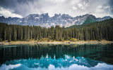 Обои: Lake Carezza, Italy, горы, Bozen, озеро, лес