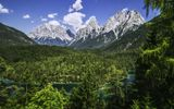 Обои: Zugspitze, Bavaria, Alps, Wetterstein Mountains, Альпы, Цугшпитце, хребет Веттерштайн, панорама, Бавария, Germany, лес, Германия, река, горы