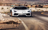 Обои для рабочего стола: Lamborghini, Desert, Supercar, Aventador, Wheels, Road, LP700-4, B-Forged, White, Front