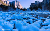 Обои для рабочего стола: Kenji Yamamura, rocks, snow, photographer, river, Yosemite National Park
