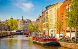 Картинки на телефон: buildings, netherlands, spring, лодки, Amsterdam, Весна, old