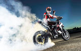 Картинки на телефон: smoke, hypermotard, Ducati, rubber, burn