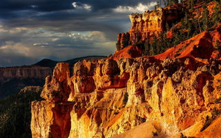 Картинка горы, Bryce Canyon National Park, деревья, тучи, осыпи, закат