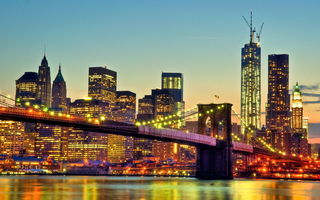 Обои вечер, огни, река, cityscape, Lower Manhattan, Manhattan Bridge, мост, New York City, World Trade Center, East river, дома