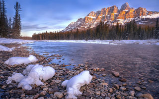 Обои castle mountain, lake, rock, snow, water, ice