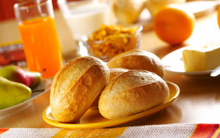 Картинка breakfast, bread, juice, bread products