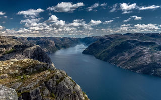 Обои Норвегия, Люсе-фьорд, Preikestolen, Norway, облака, Lysefjord, скалы, пейзаж, небо, природа, фьорд, Прекестулен