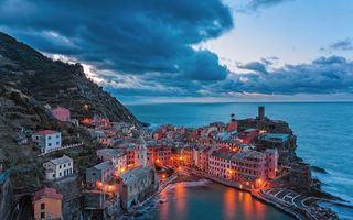 Обои vernazza, italy at night, cinque terra