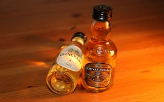 Обои виски, Glen Grant, Chivas Regal