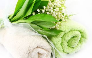 Обои цветы, lilies, полотенце, flowers, ландыши, towel, spa