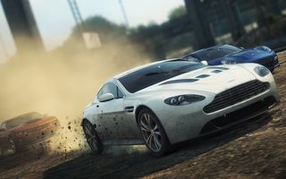 Обои need for speed most wanted 2, Aston Martin V12 Vantage, Porsche Panamera Turbo, город, гонка, пыль, Chevy Camaro ZL1