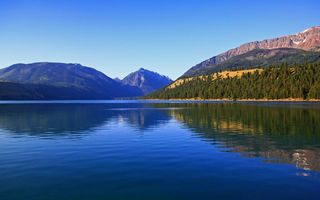 Обои горное озеро, лес, Wallowa Lake and Wallowa mountains, природа, Oregon