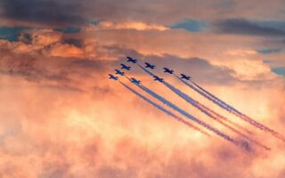Картинка red sky, Sunderland air show, red arrows
