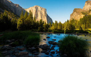 Обои горы, долина, лес, Yosemite National Park, California, Калифорния, Sierra Nevada mountains, Национальный парк Йосемити, река, панорамма