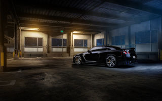 Обои Nissan, parking, r35, garage, GT-R, black