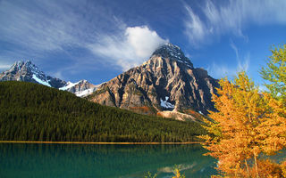 Обои Lower Waterfowl Lake, горы, Canada, озеро, Alberta, деревья, Альберта, лес, Howse Peak, Канада, Mount Chephren, Banff National Park, Банф, осень