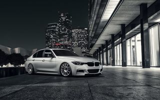 Обои BMW, Alpine, City, Nigth, White, Wheels, 328i, Front, F30, VMR