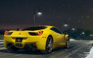 Обои Ferrari, Yellow, Supercar, Rear, Nigth, Snow, 458, Ligth, Road, Italia