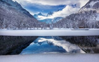 Картинка Slovenia, Lake Jasna, Icy reflections