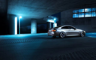 Обои BMW, Shooting, Night, Germany, Rear, M4, Coupe, F82