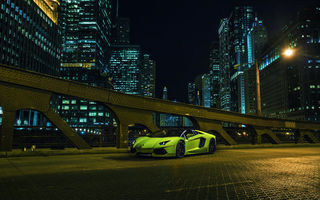 Обои Lamborghini, City, LP700-4, Supercar, Green, Downtown, Aventador, Roadster, Nigth, Front, Chicago