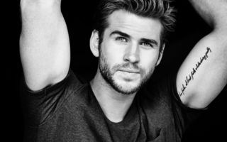 Обои Лиам Хемсворт, Eric Ray Davidson, журнал, актер, Mens Fitness, Liam Hemsworth, черно-белое
