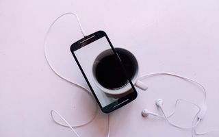 Картинка cell phone, earphone, picture, coffee, cup
