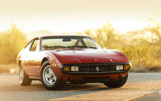 Обои Ferrari, GTC-4, red, car, 1972, 365