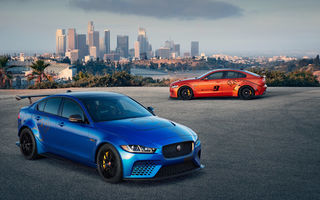 Обои 2018 jaguar xe sv project 8,автомобили,jaguar,2018,xe,sv,project,8,мощный,ягуар,седан,город