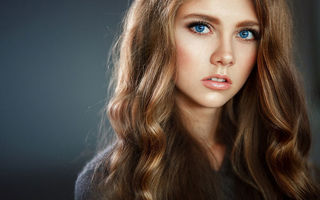 Обои women, simple, face, portrait, blue eyes